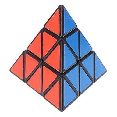 ShengShou Pyraminx tociekawy model kostki o formie 'piraminx'. Przypominająca piramidę kostka była jedną z najlepszych kostek o tym kształcie według speedcuberów. Kostka kręci się płynnie