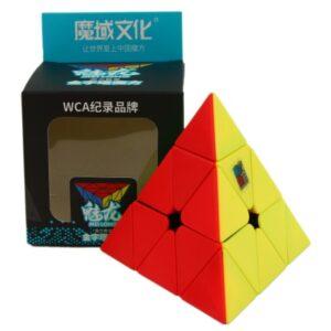 Oryginalna kostka Mofang Jiaoshi Meilong Pyraminx StickerlessodMoYuto trafny wybór. Polecana przez wielu kostka Mofang Jiaoshi Meilong Pyraminx Stickerlessto super model zarówno do nauki układania jak i do prób czasowych i bicia rekordów. Wymiary oraz waga gwarantują dobrą zabawę.MoYuzadbał o wygodę optymalizując wagę i rozmiary kostki i stosując przy jej wykonaniu wysokiej jakości tworzywo. Bezpieczeństwo kostki potwierdza certyfikat CE.