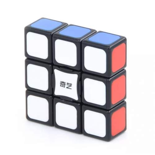 Oryginalna kostka QiYi Floppy 1x3x3 BlackodQiYi o układzie1x3x3 to trafny wybór. Polecana przez wielu kostka QiYi Floppy 1x3x3 Blackto super model zarówno do nauki układania jak i do prób czasowych i bicia rekordów. Wymiary60x60x20 mm oraz waga gwarantują dobrą zabawę.QiYi zadbał o wygodę optymalizując wagę i rozmiary kostki i stosując przy jej wykonaniu wysokiej jakości tworzywo. Bezpieczeństwo kostki potwierdza certyfikat CE. W zestawie znajdziemy: oryginalną kostkę